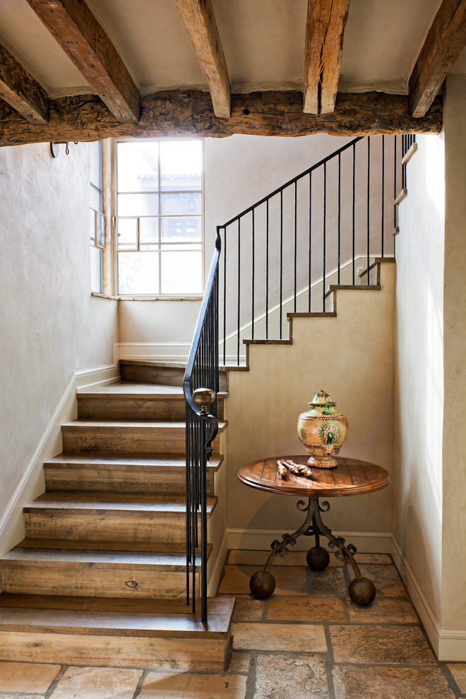 20 Elegant Rustic Staircase Designs To Inspire You