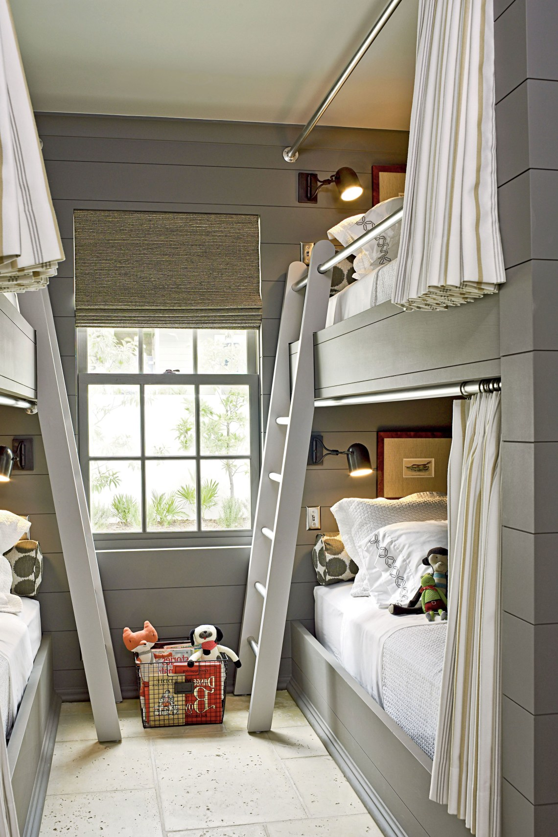20 Fabulous Beach House Bunk Rooms Bunk Beds Built In