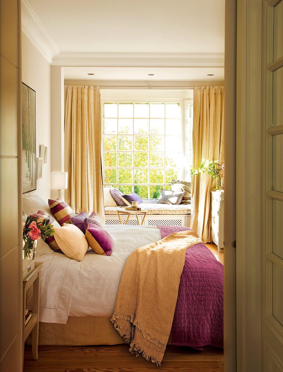 21 Charming Comfortable Bedroom Interior Design