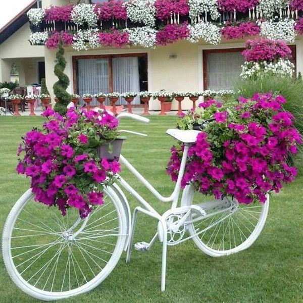 22 Most Amazing Flower Decorations For Unique Backyard