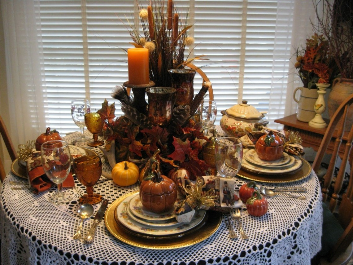 25 Awesome Thanksgiving Tablescapes Ideas For More Taste