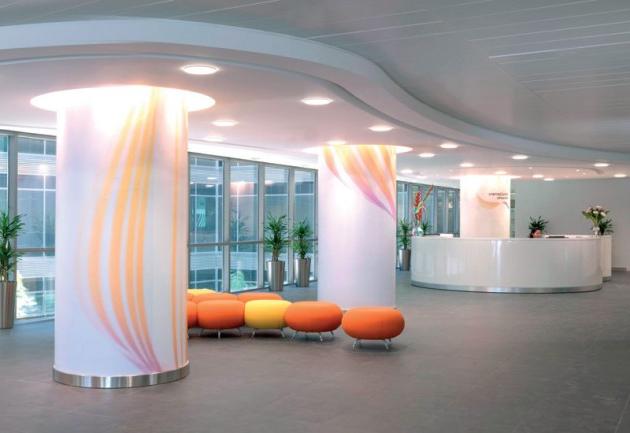 25 Luxury And Unusual Minimalist Office Designs