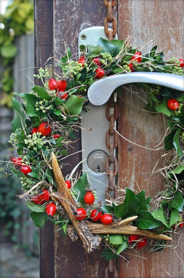 31 Cozy Rustic Outdoor Christmas Decor Ideas Interior God