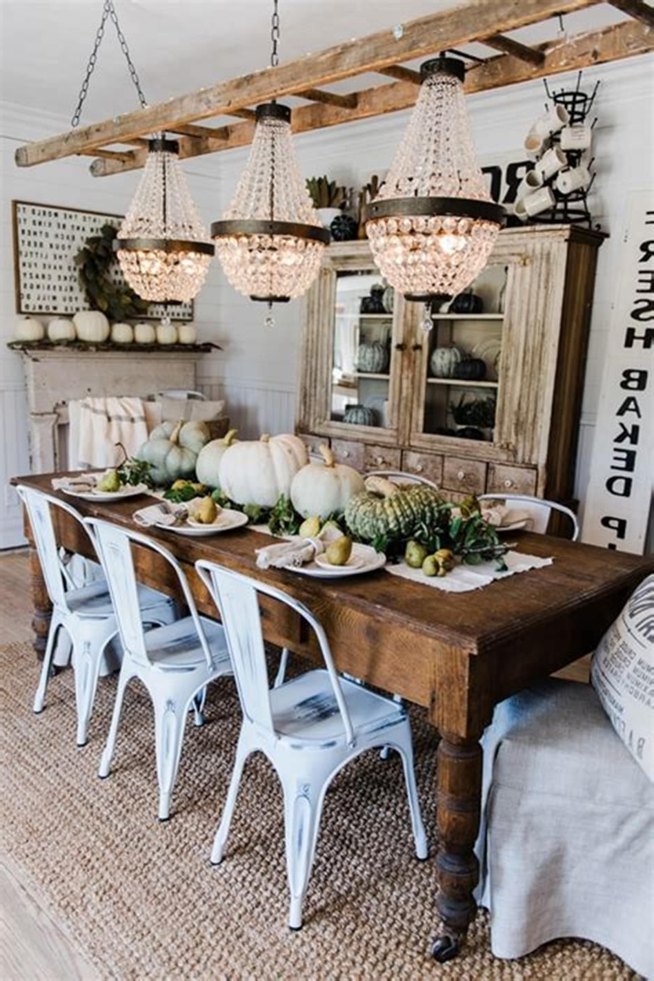 34 Amazing Vintage Rustic Fall Decorating Ideas For This