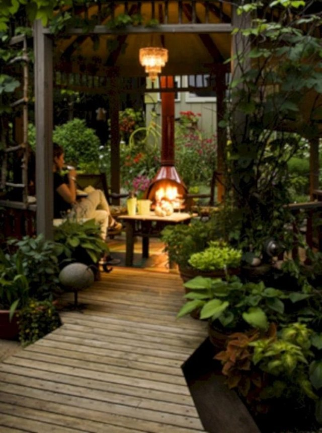 40 Incredible Backyard Retreat Shed Makeover Design Ideas