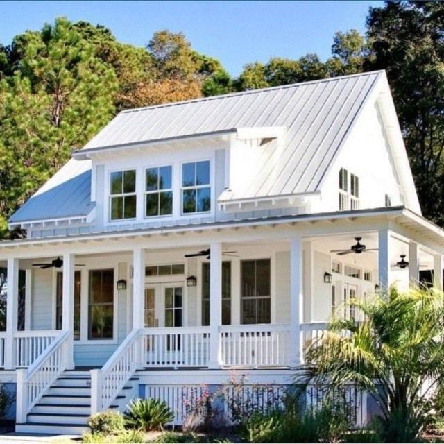43 Amazing Farmhouse Exterior Design Ideas With Furniture