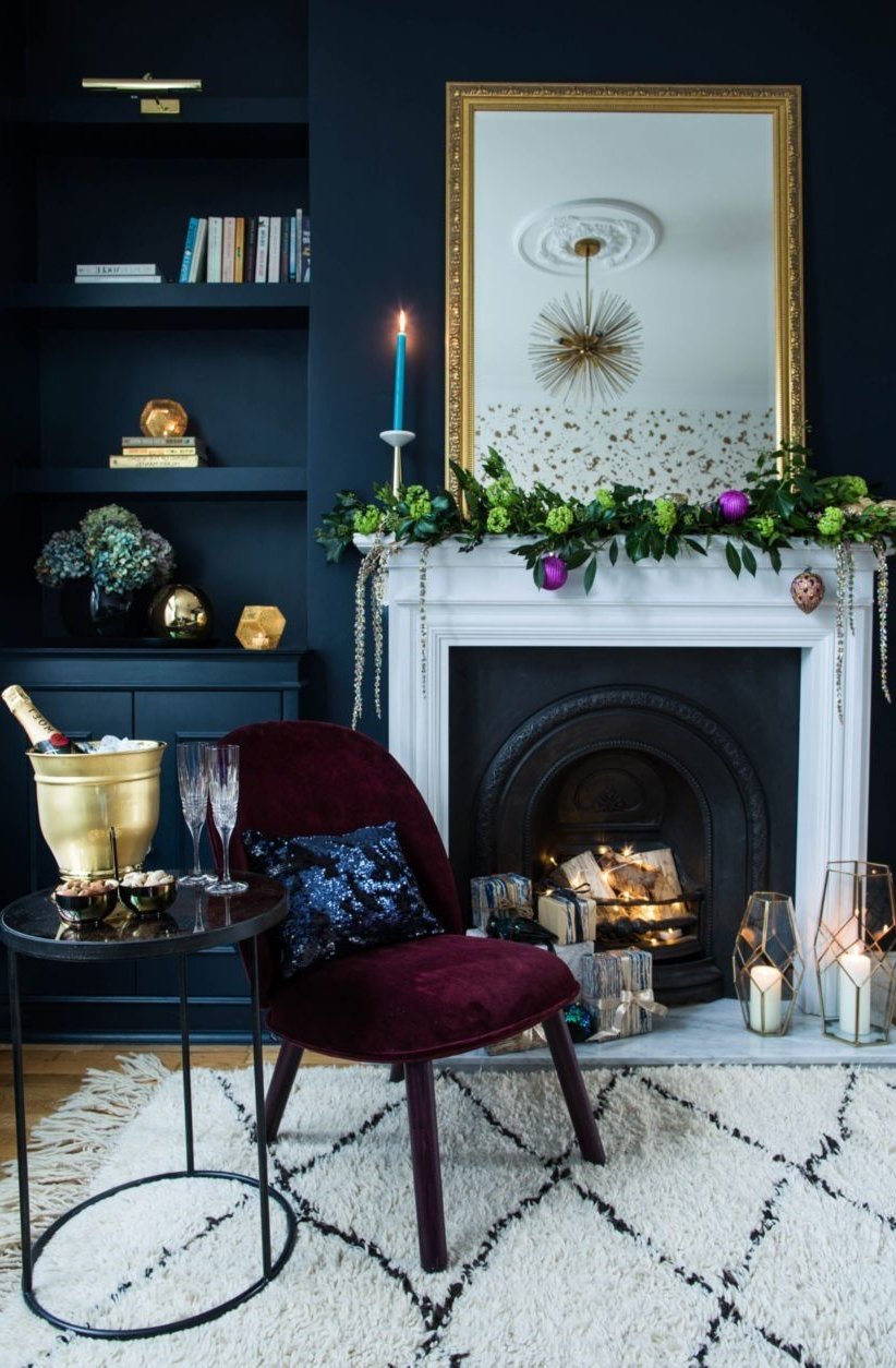 43 Ways To Decorate Fireplace For Christmas Home Decor