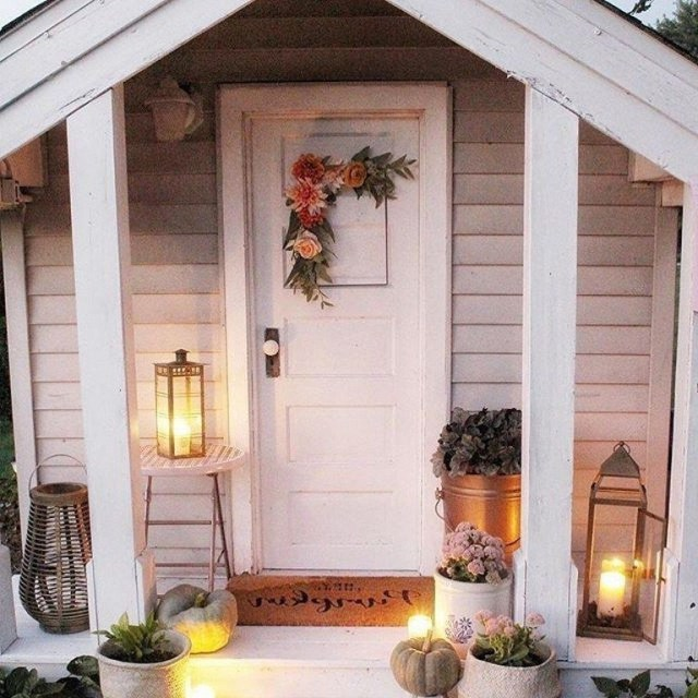 64 Beautiful And Simple Front Porch For Summer Design 46