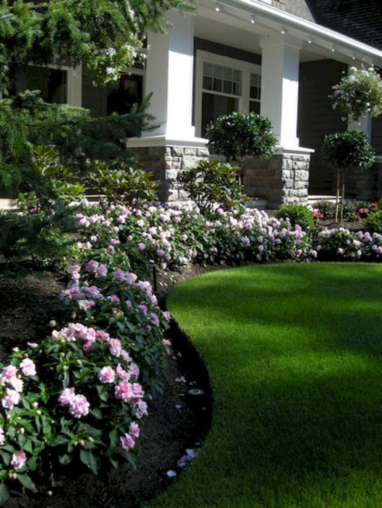 80 Beautiful Front Yard Landscaping Inspiration On A