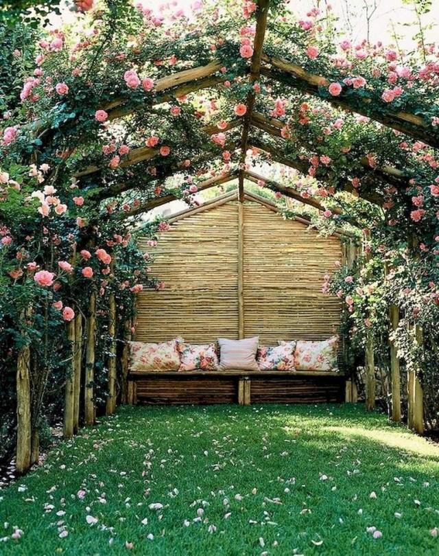 80 Fabulous Romantic Backyard Garden Ideas On A Budget