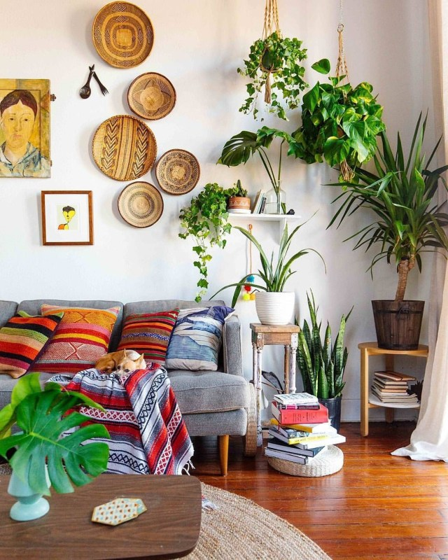 Amazing Boho Living Space With Global Textiles Lots Of