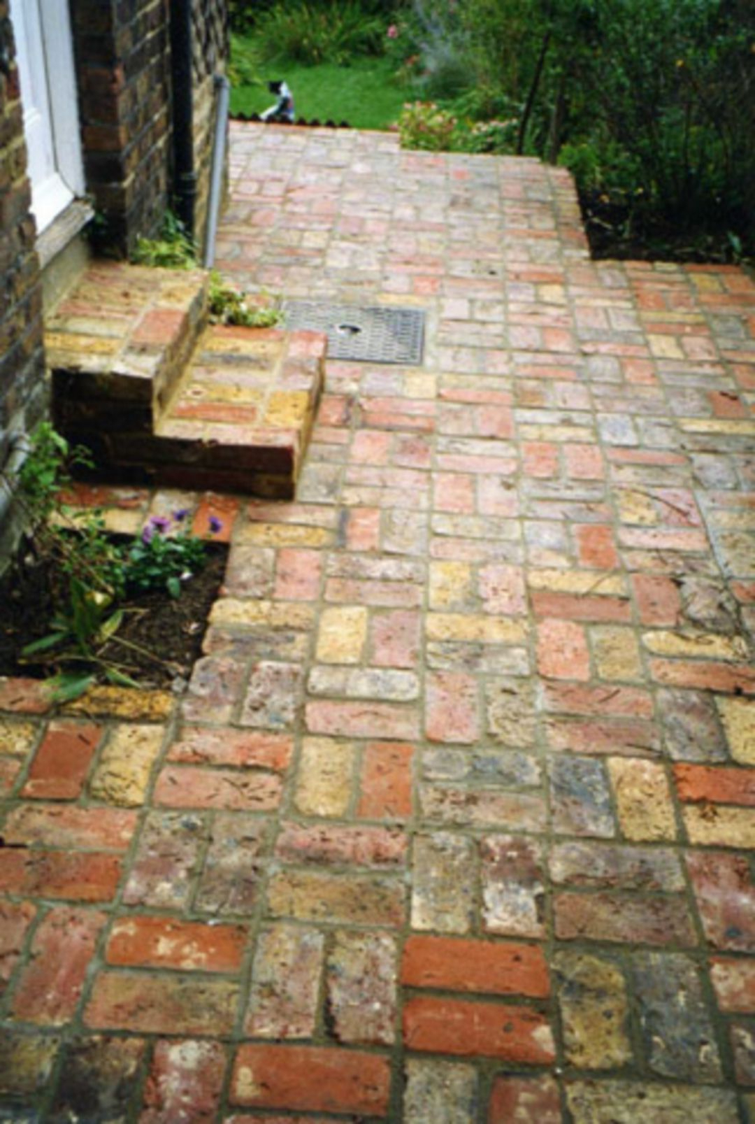 Awesome Brick Patterns Patio Ideas For Beautiful Yard 2007