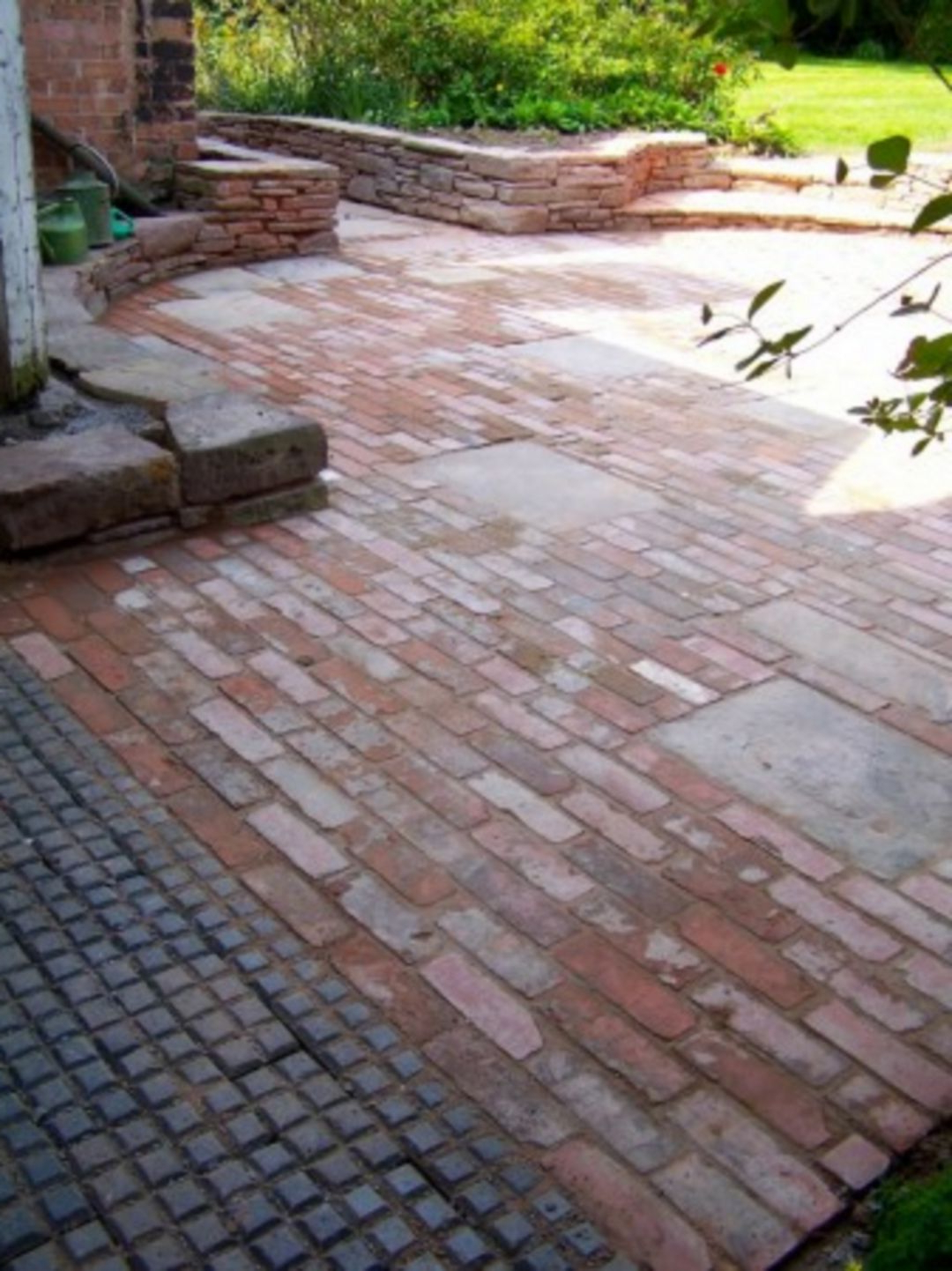 Awesome Brick Patterns Patio Ideas For Beautiful Yard 5307