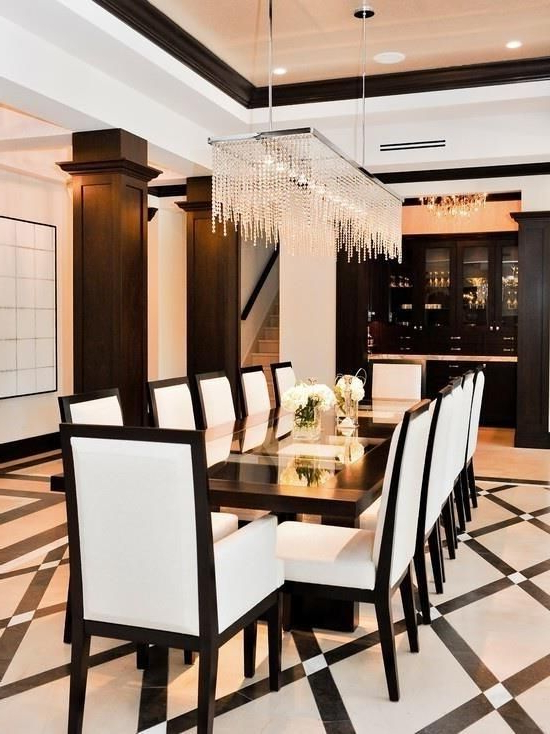 Beautiful And Luxurious Black And White Dining Room
