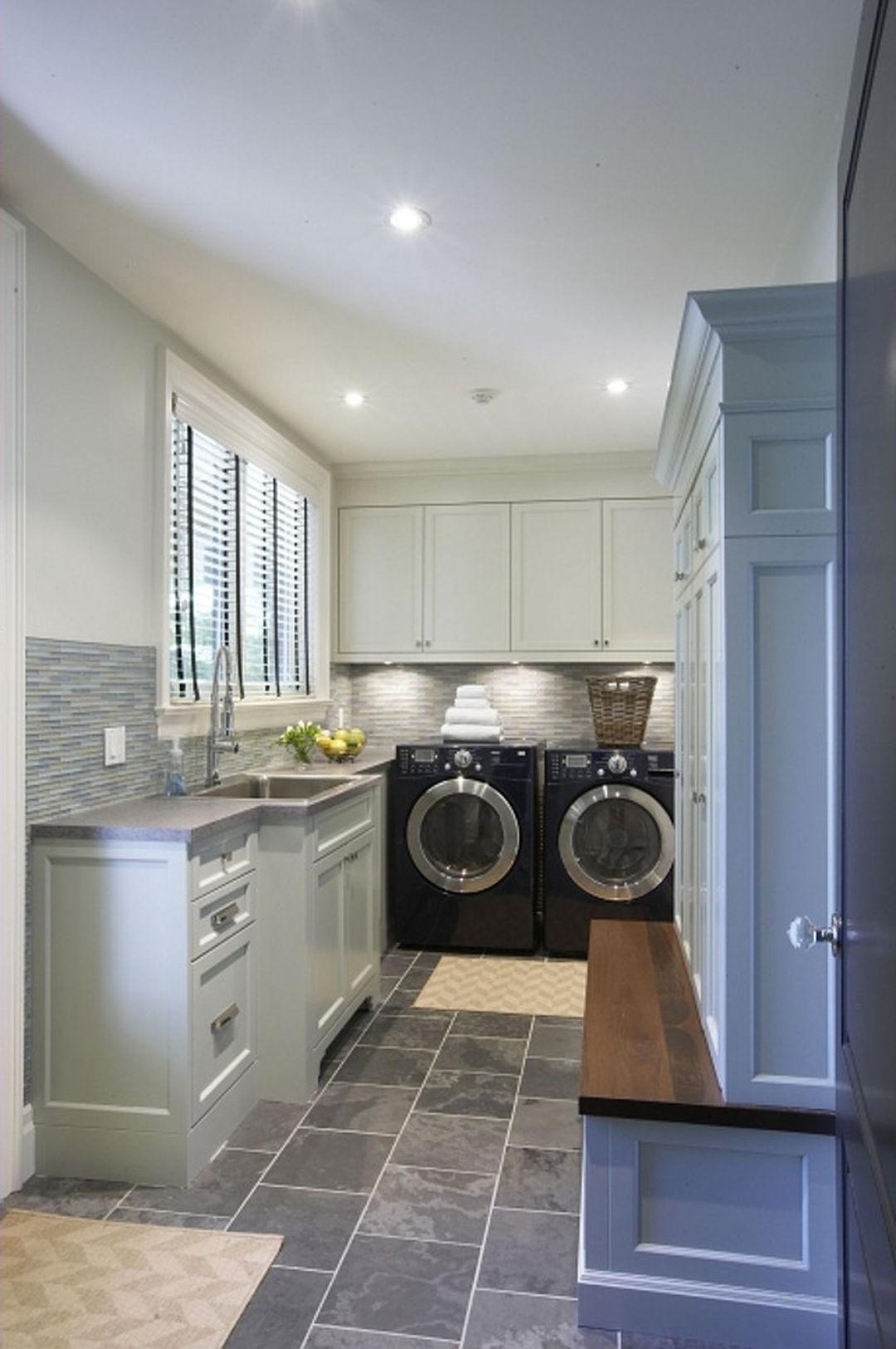 Beautiful Laundry Room Tile Design Ideas 48 Mudroom