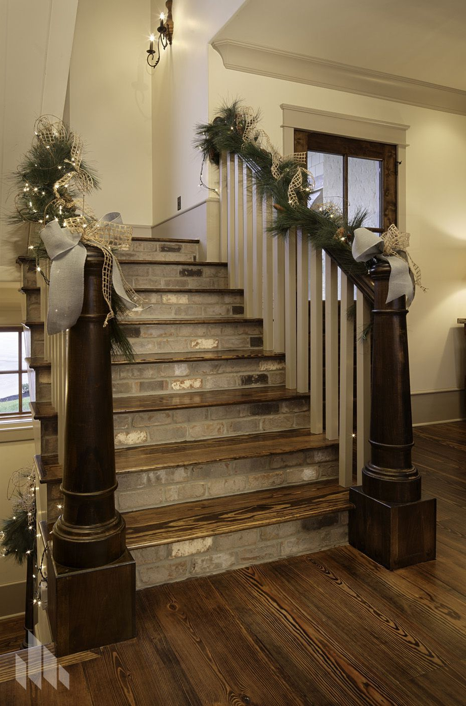 Beautiful Thin Brick Staircase With Decorations Staircase Remodel Painted Staircases Stairs