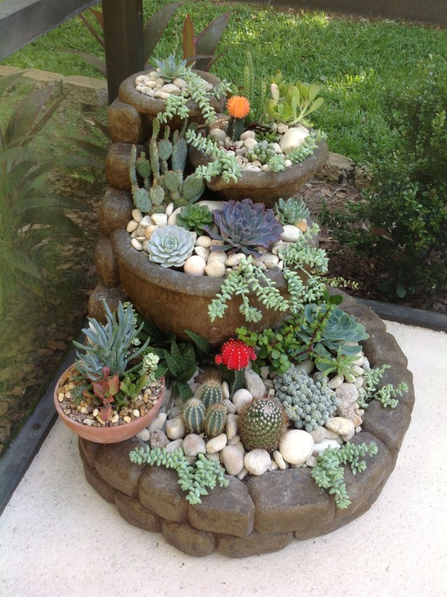 Cactus Gardenstacked Patio Stones And Matching