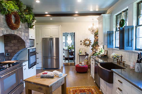Christmas Decorating Ideas For A Cozy Kitchen Nook