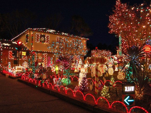 Christmas Home Pictures Here Are The Most Over The Top