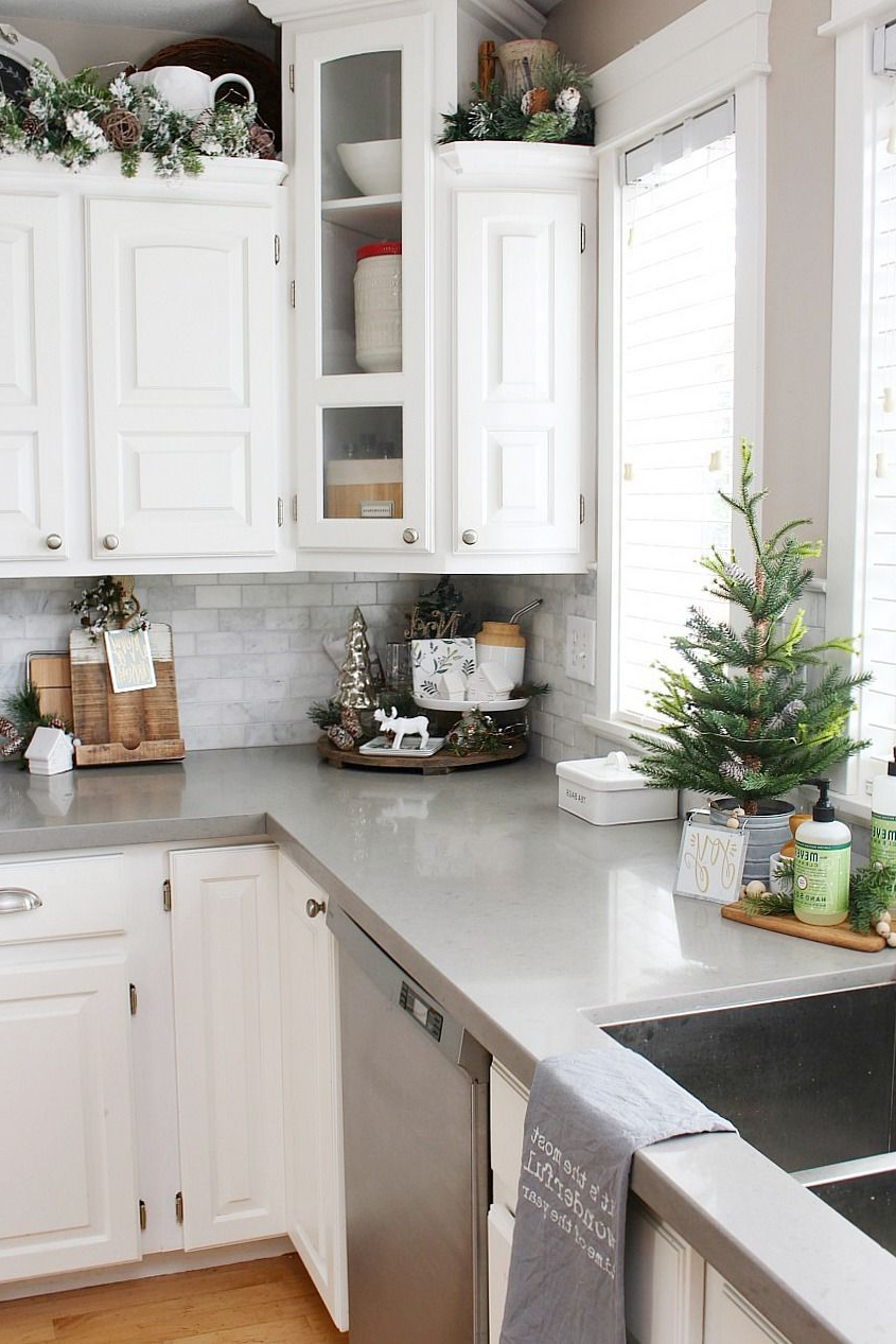 Christmas Kitchen Decorating Ideas Decorating Above