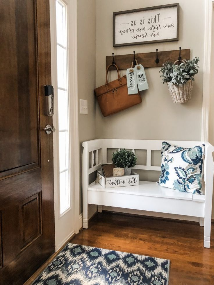 Easy Entry Way Decorating Ideas Using A Storage Bench