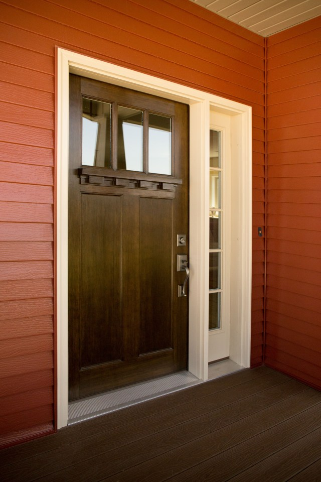 Exterior Doors A Snappy Red Entry With An Off White Clad