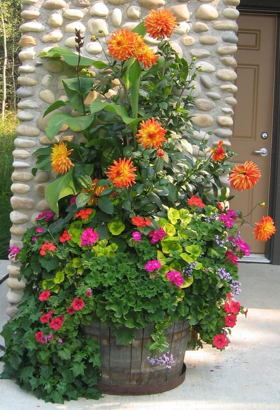 Eye Catching Wonderful And Creative Patio Planter Ideas