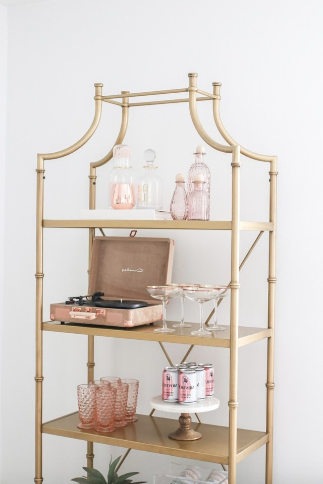 Gold Bookshelf Decor For The Bedroom And Living Room Gold