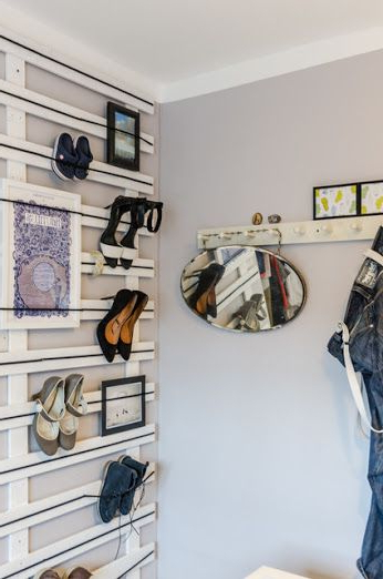 Great Diy Shoe Rack With Industrial Elastic And Reclaimed