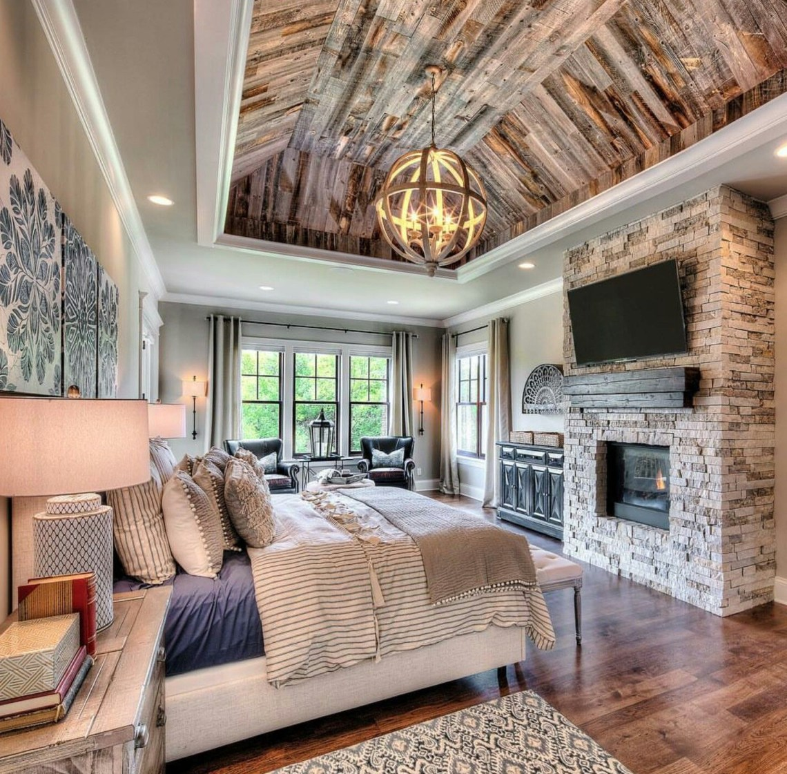 Great Mix Of Rustic And Luxury In This Starr Homes Master