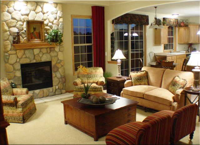 Great Rooms Decor Hickory Chair Furniture And Pearson Furniture Add Comfort And Style To