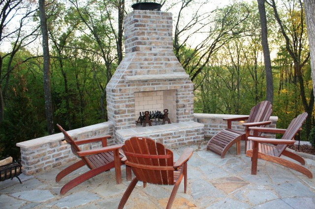 How Design Your Brick Outdoord Fireplace Brick Outdoor