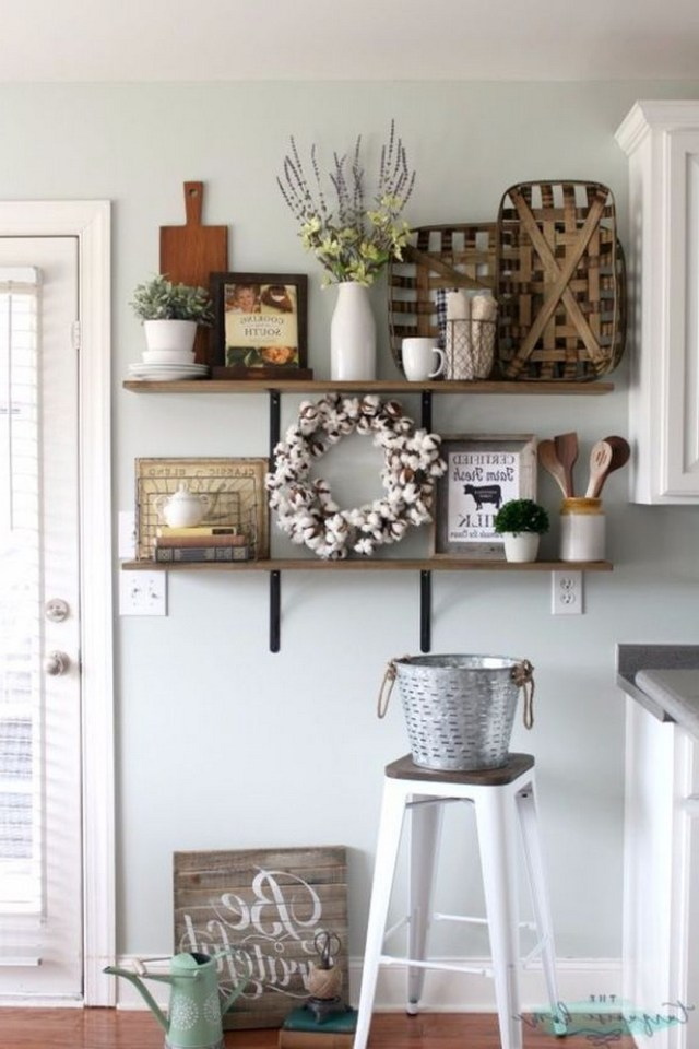 How To Make Such A Beautiful Farmhouse Wall Decoration In