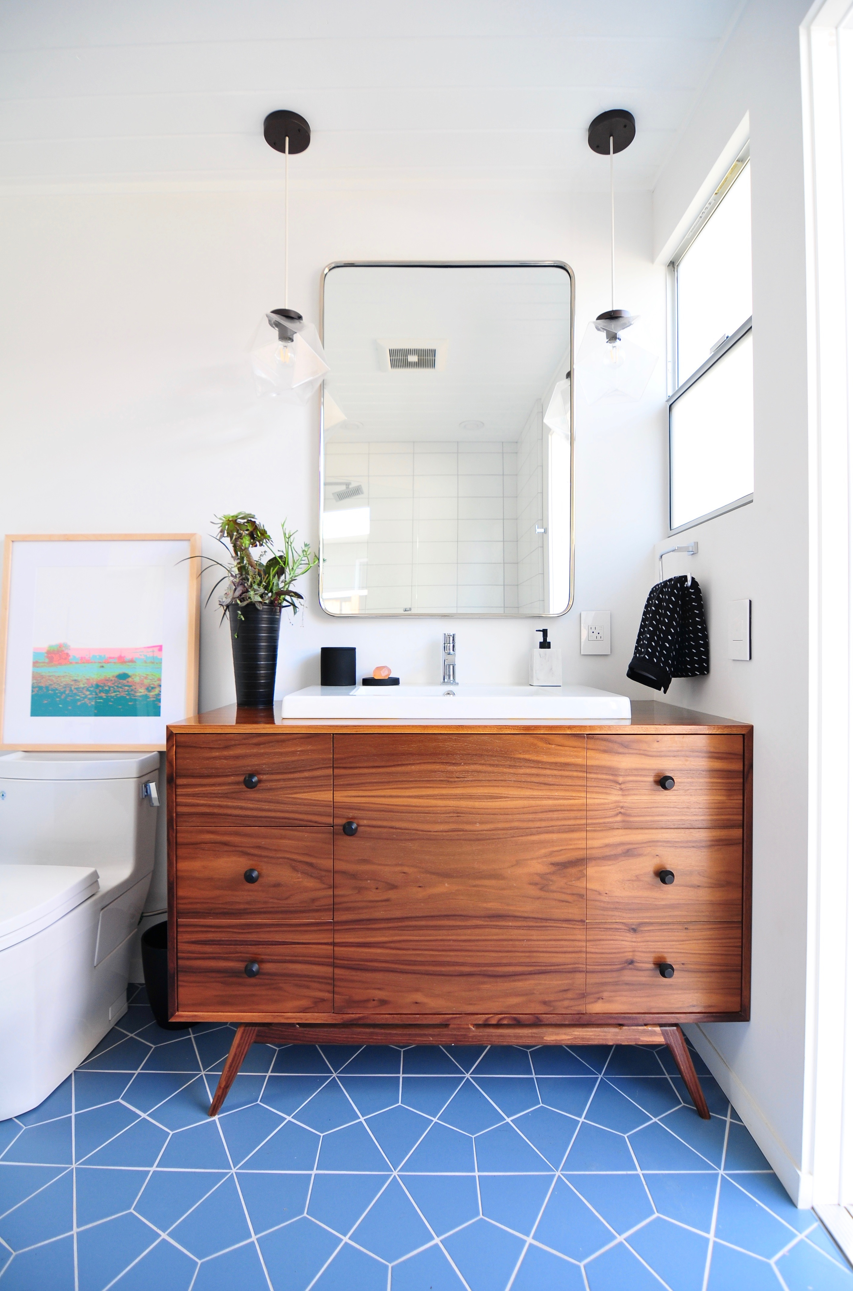 Installation Stories Midcentury Meets Modern Bathroom