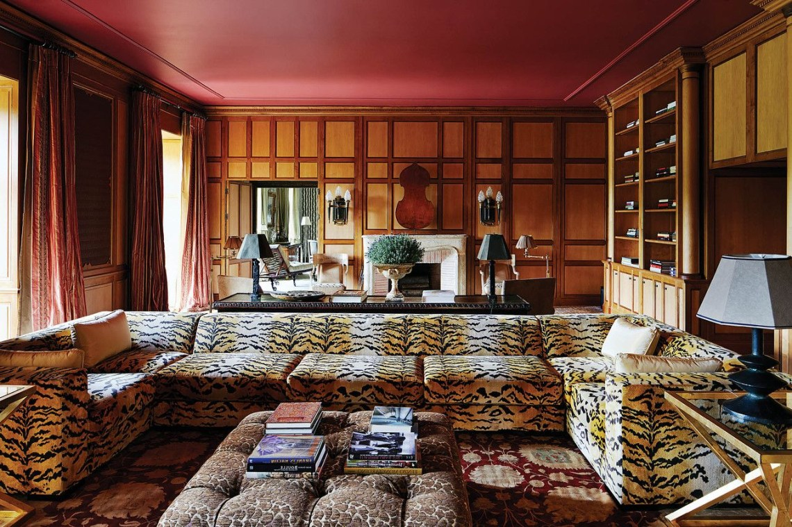 Interior Decorator Juan Pablo Molyneux Transforms A French