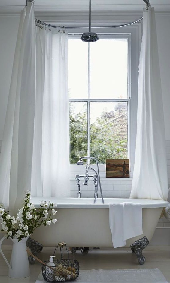 Interior Envy 22 Clawfoot Tubs We Love Chic Bathrooms