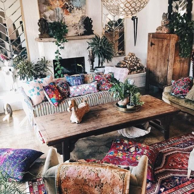 Mixed Prints And Patterns Make This Living Room So Boho