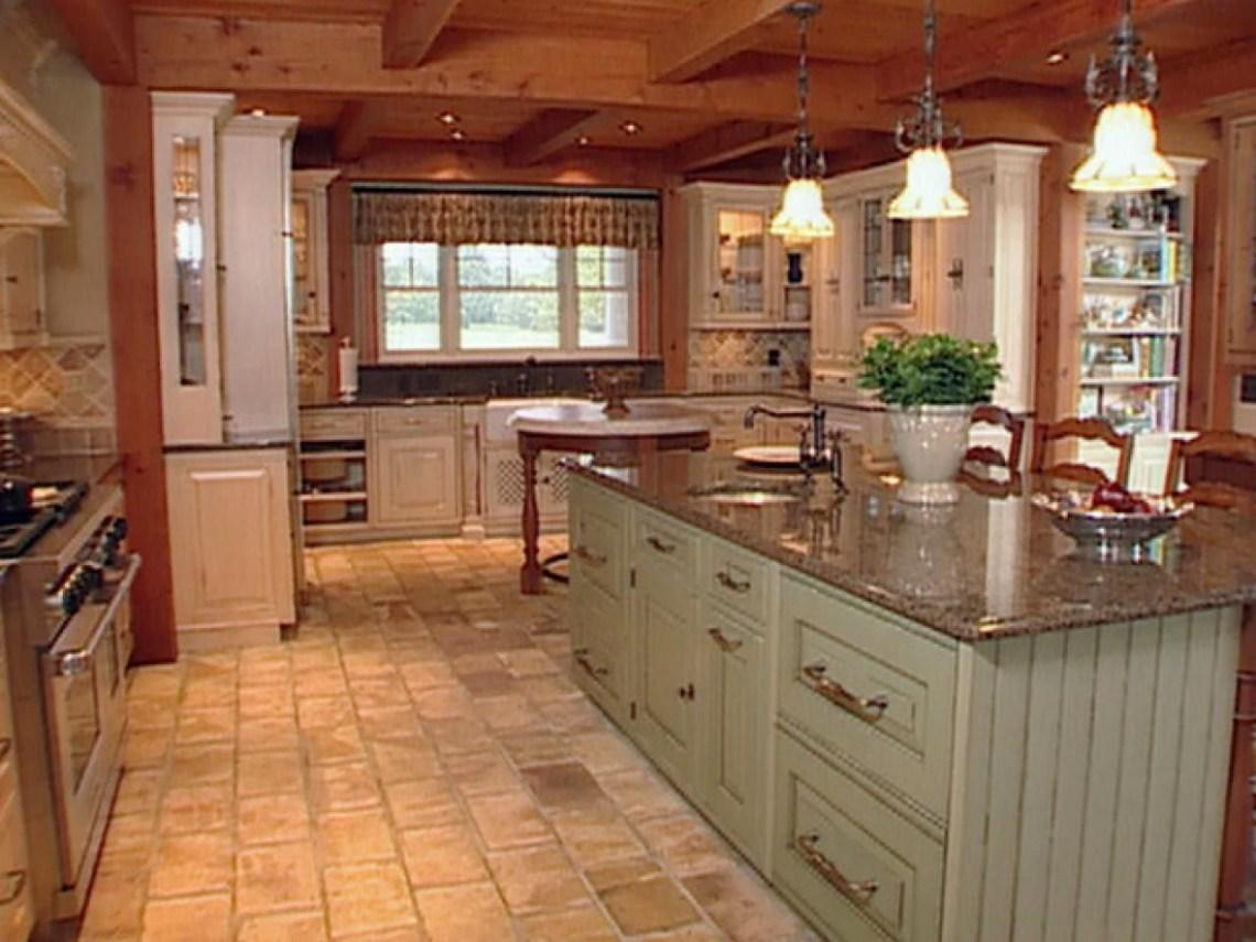 Natural Materials Create Farmhouse Kitchen Design