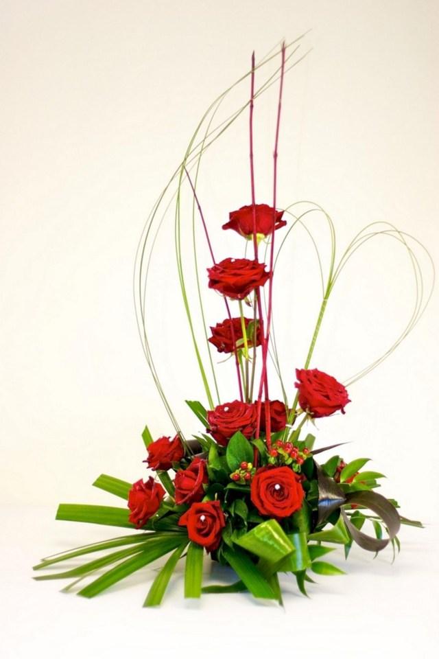 Nice 35 Beautiful Valentine Floral Arrangements Ideas For