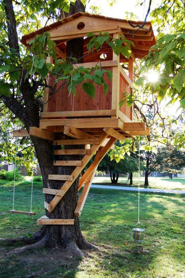 Nice Treehouse Built Wrong With Lag Bolts Should Of Used