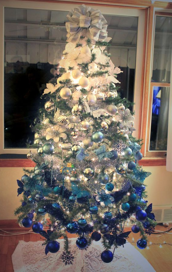 Ombre White To Royal Blue Christmas Tree Creative