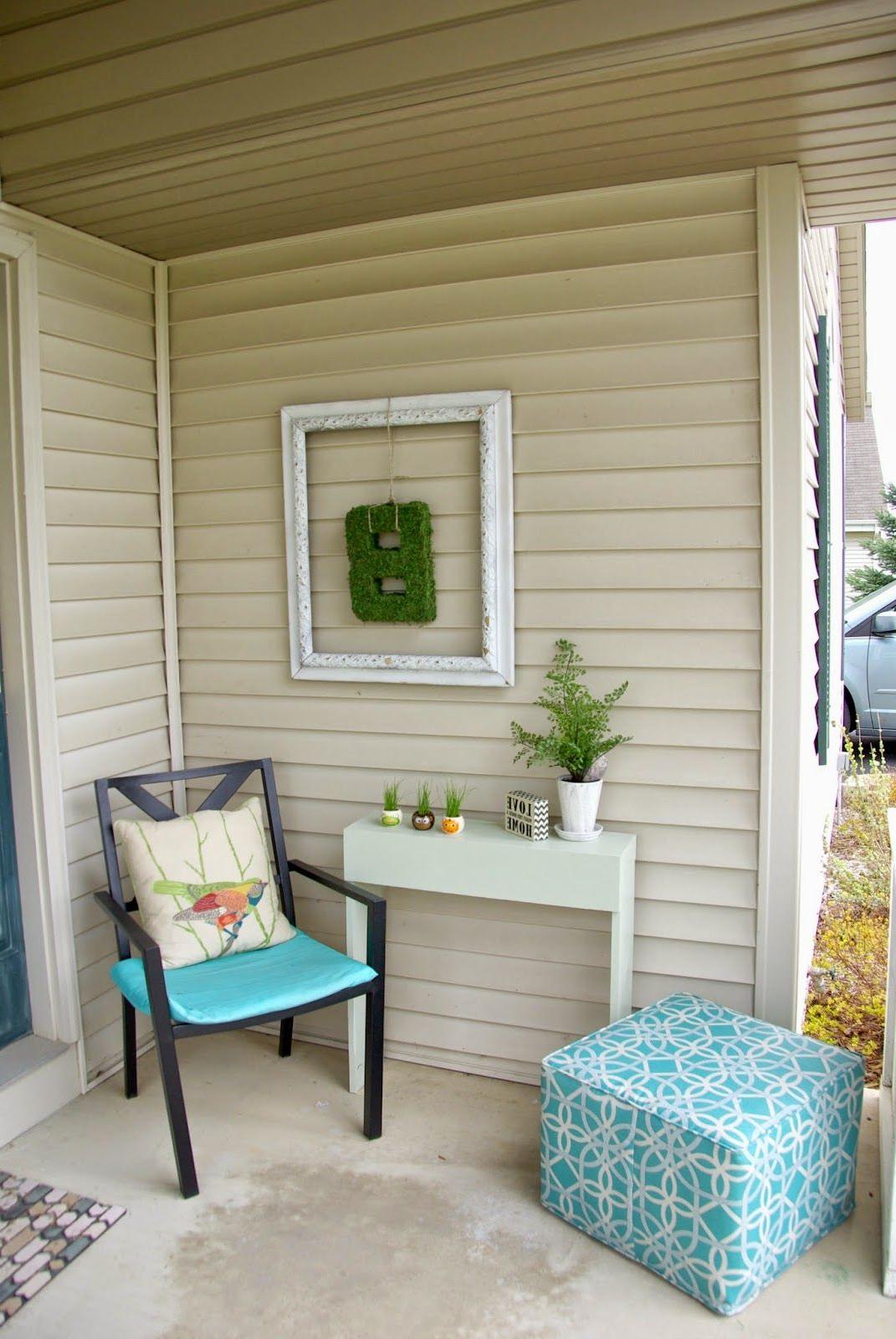 Revamping The Front Porch Porch Wall Decor Diy Outdoor