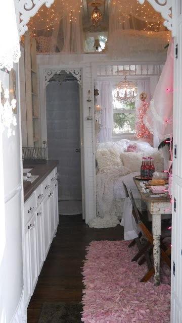 Shab Chic Tiny Retreat My Tiny House Christmas 2012