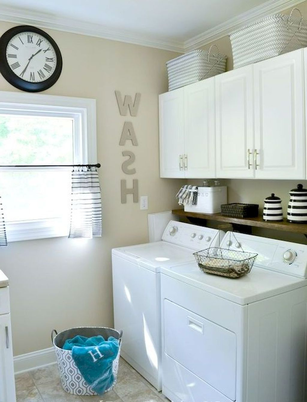Small Laundry Room Storage And Organization Ideas 9