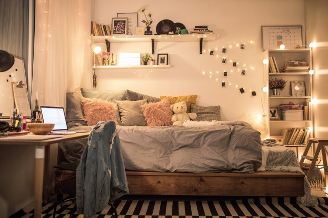 Stylish Sophisticated Ways To Decorate A Dorm Room