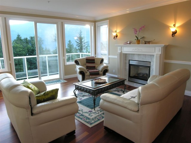 Stylishly Comfortable Living Room Ideas And Tips You Must