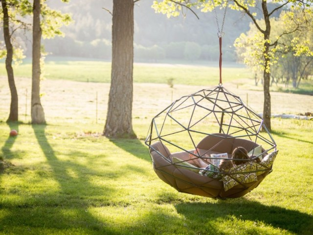 Summer Trends Outdoor Swings For Relaxing Afternoons