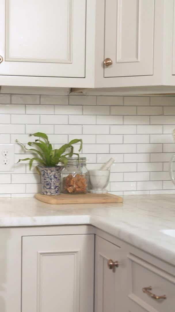 The Secret To Beautiful Kitchen Wall Art In 2020 Home