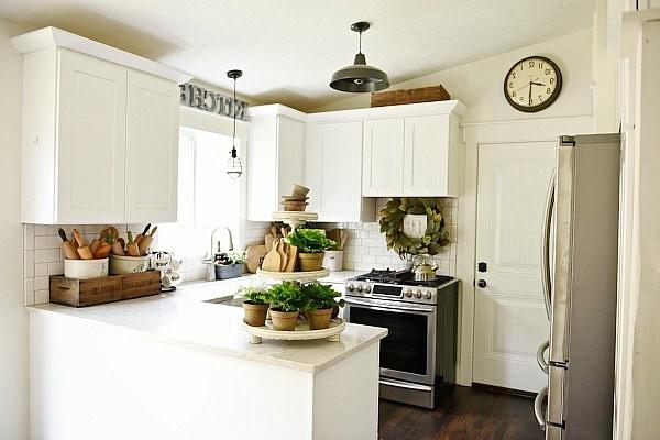 Top 10 Farmhouse Kitchens On A Budget Seeking Lavendar Lane