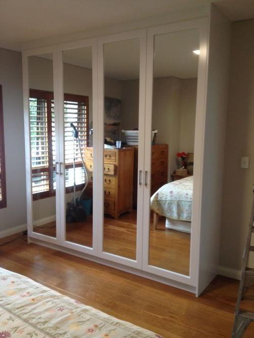 Top 13 Closet Door Ideas To Try To Make Your Bedroom Tidy